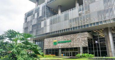 Novos satélites reduzem em 75% tempo de transmissão de dados em plataformas da Petrobras
