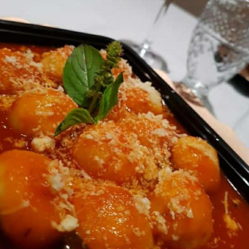 Gnocchi (Nhoque) de batatas recheado
