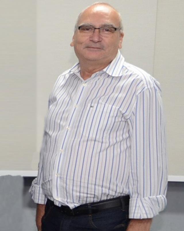 Prof. Me. José César de Faria