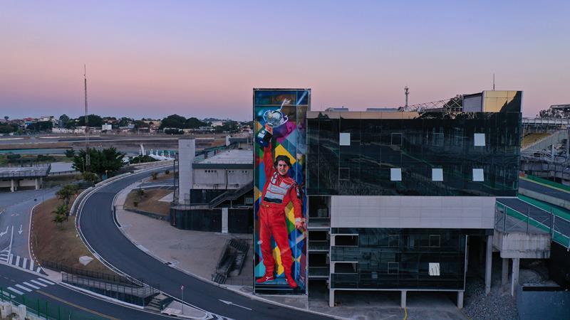 Mural Superação em Interlagos