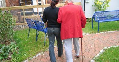 Sinais iniciais de Parkinson e Alzheimer podem ser confundidos com processo natural do envelhecimento