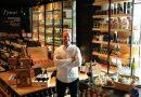 Amicci Anchieta completa sete anos com premiação de 'melhor restaurante' pelo Tripadvisor